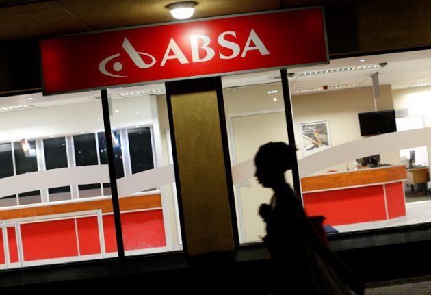 Public Protector's 'foolish behaviour' threatens Constitution and economy - Phosa