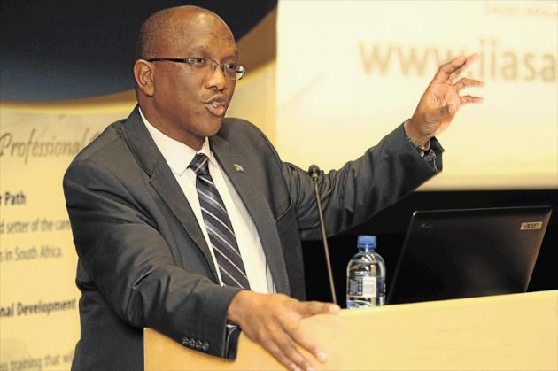 Municipalities rein in wasteful spending but 'irregular' expenditure soars