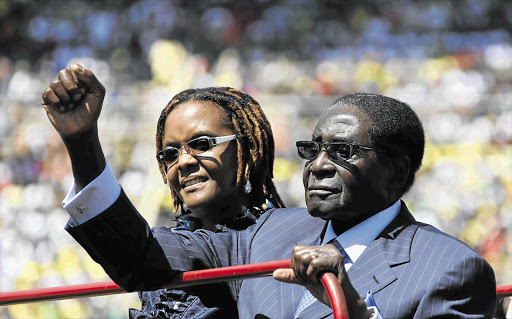 Robert Mugabe's wife asks him to name successor